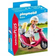 ragazza con scooter - special plus