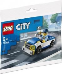 30366 - auto della polizia