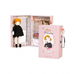 valigia e bambola il piccolo guardaroba les parisiennes